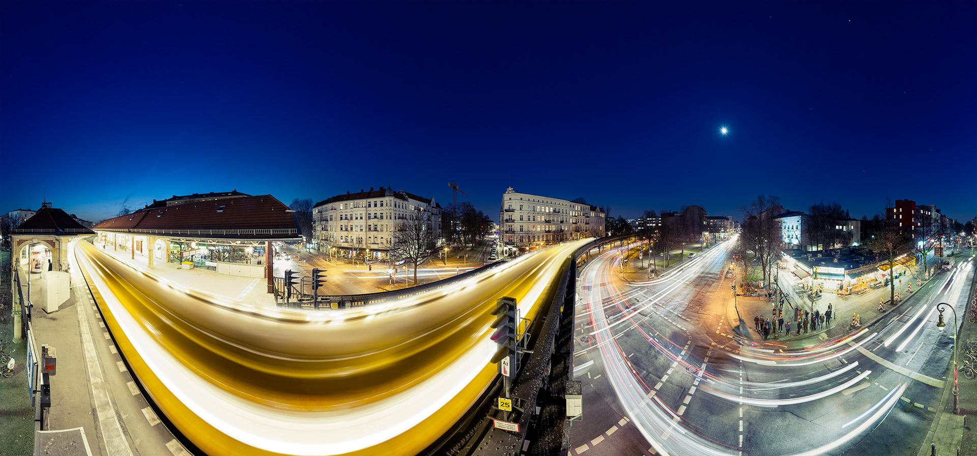 Schlesisches Tor bei Nacht Panorama