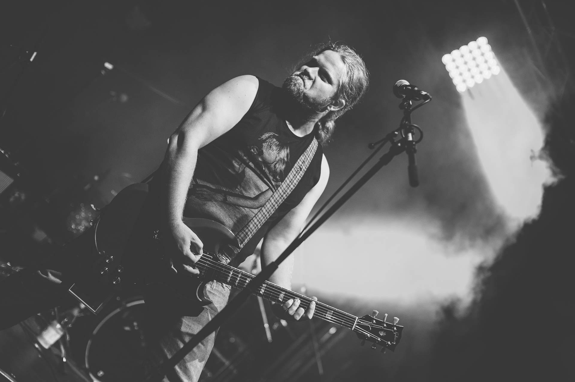 Konzert Gitarrist schwarzweiss Rock